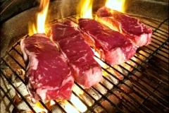 Grilling_Steaks