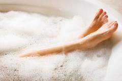 bathingfoot