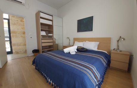 Villa Pnai Holiday Villa in Israel - Blue & Yellow Rooms